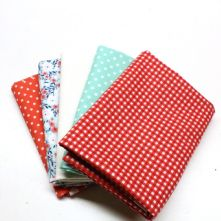 Pack of 5 100% Cotton Mixed Prints Coral Red & Aqua Green Fat Quarters
